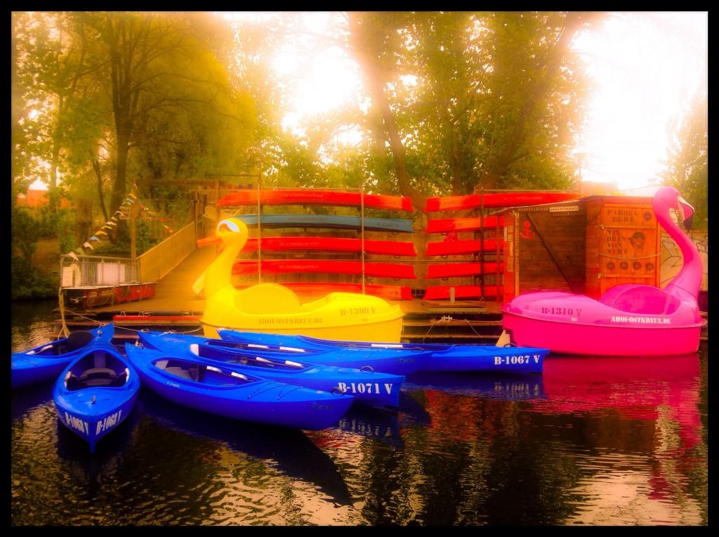 Flamingo-Tretboot, Enten-Tretboot und viele Kajaks warten auf Euch